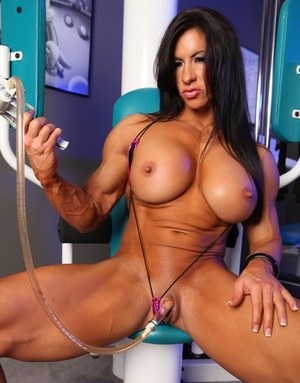 body Nude builder female