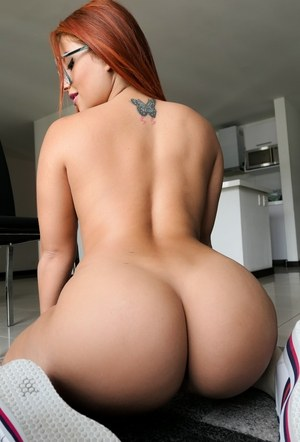 Big ass sugar mummy naked photo